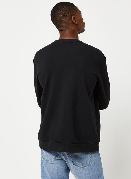 Vêtements adidas originals Sweatshirt Noir vue portées chaussures