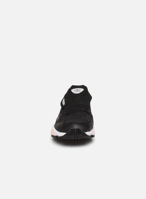 Sneaker adidas originals Falcon Rx W schwarz schuhe getragen