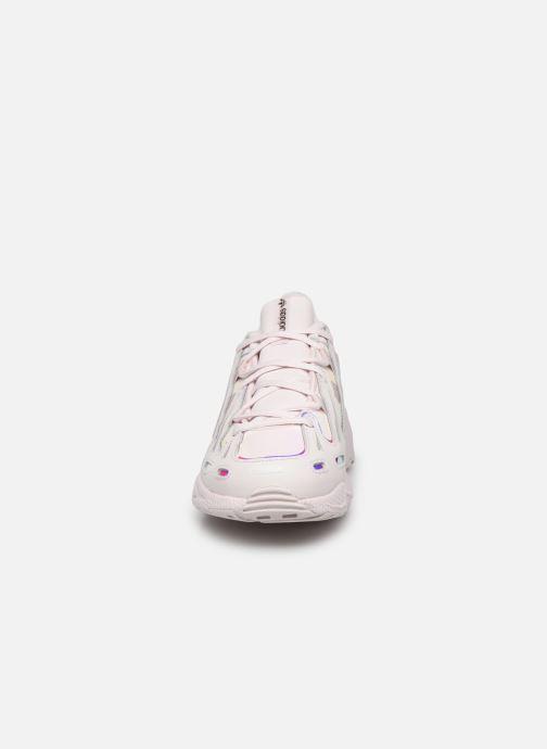 Deportivas adidas originals Eqt Gazelle W Rosa vista del modelo