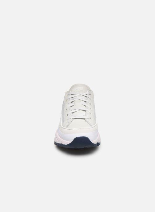 Baskets adidas originals Kiellor W Blanc vue portées chaussures