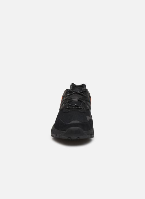 Sneaker adidas originals Yung-96 Trail schwarz schuhe getragen