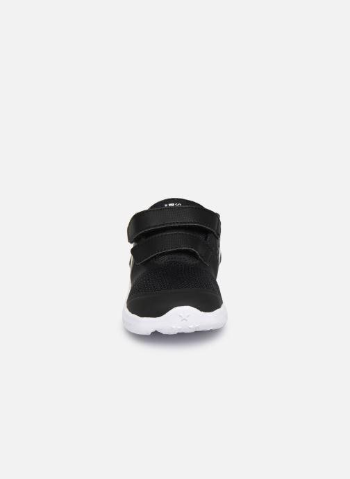 Chaussures de sport Nike Nike Star Runner 2 (Tdv) Noir vue portées chaussures