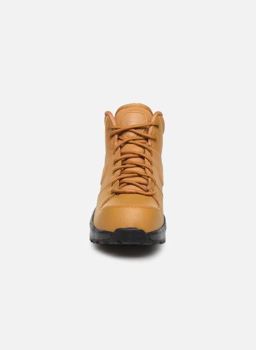 Stivaletti e tronchetti Nike Nike Manoa Ltr (Gs) Marrone modello indossato