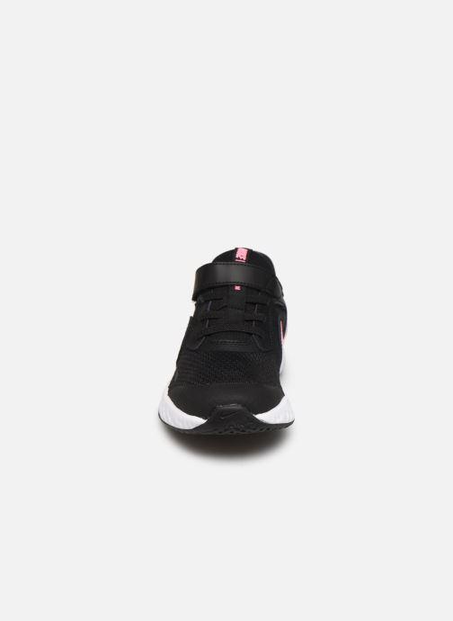 Deportivas Nike Nike Revolution 5 (Psv) Negro vista del modelo