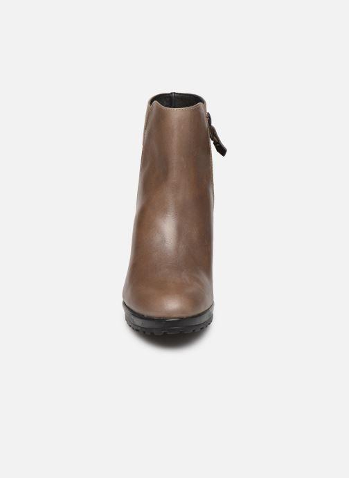 Bottines et boots Elizabeth Stuart Syga 304 Beige vue portées chaussures