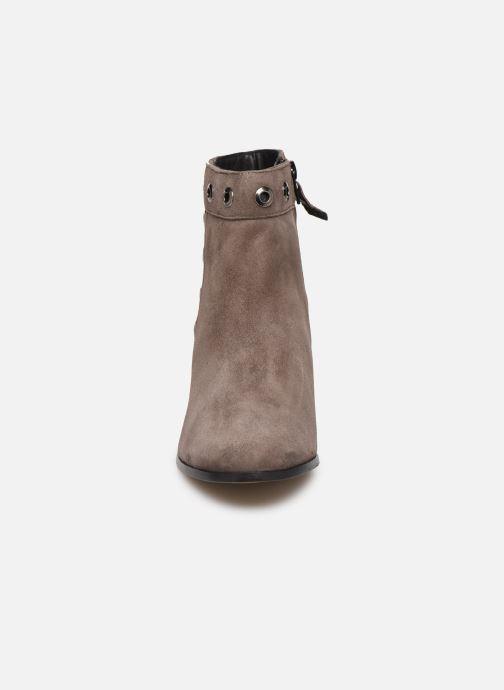 Bottines et boots Elizabeth Stuart Sliman 300 Beige vue portées chaussures