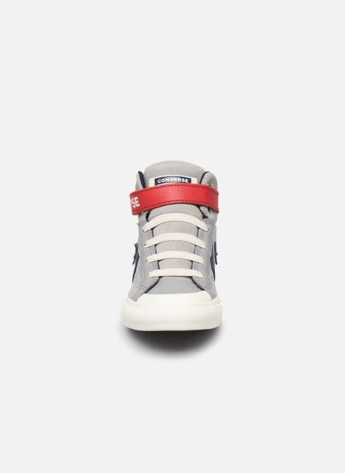 Baskets Converse Pro Blaze Strap Suede/Leather Pack Hi Gris vue portées chaussures