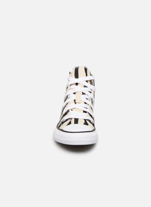 Baskets Converse Chuck Taylor All Star Archive Zebra Hi Beige vue portées chaussures
