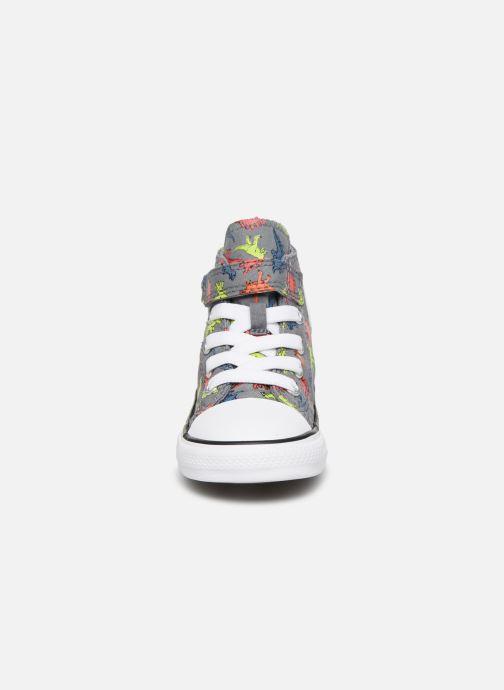 Baskets Converse Chuck Taylor All Star 1V Dinoverse Hi Gris vue portées chaussures