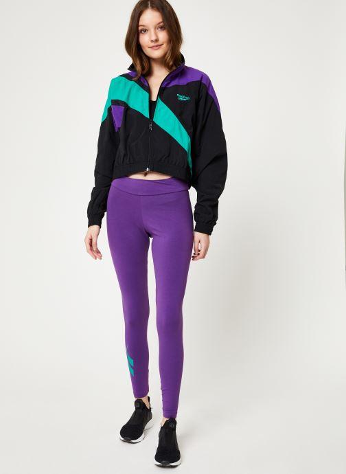 Vêtements Reebok Cl V Cropped Fr Tracktop Noir vue bas / vue portée sac