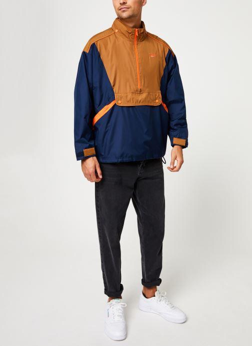 Vêtements Reebok Cl F Trail Jacket Bleu vue bas / vue portée sac