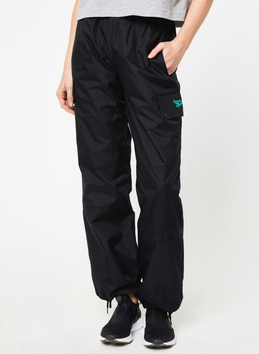 Vêtements Reebok Cl V Trail Trackpant Noir vue détail/paire