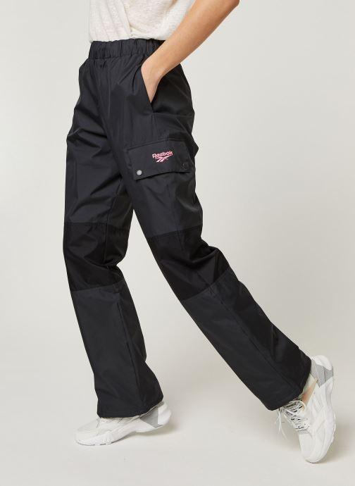 Vêtements Reebok Cl V Trail Trackpant Gris vue détail/paire