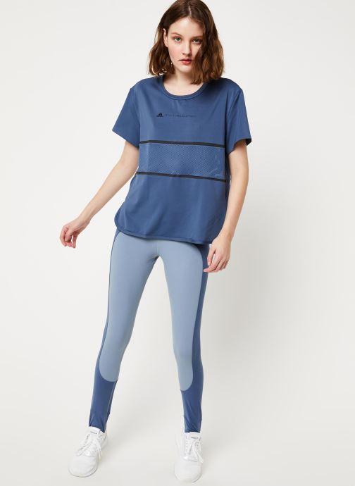 Vêtements adidas by Stella McCartney Run Loose Tee Bleu vue bas / vue portée sac