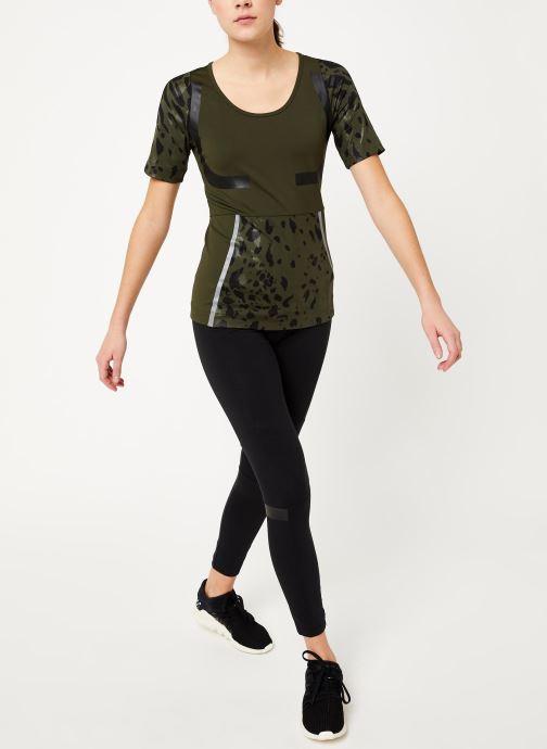 Vêtements adidas by Stella McCartney Run Tee Vert vue bas / vue portée sac