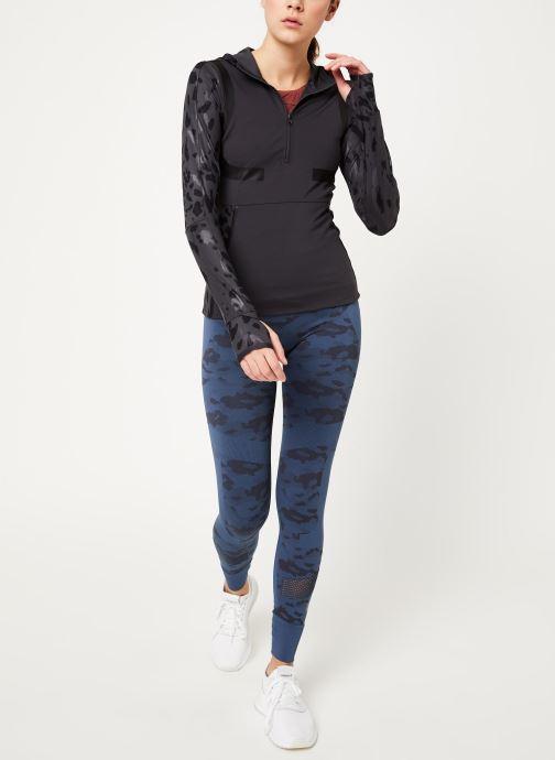Vêtements adidas by Stella McCartney Run Longsleeve Gris vue bas / vue portée sac