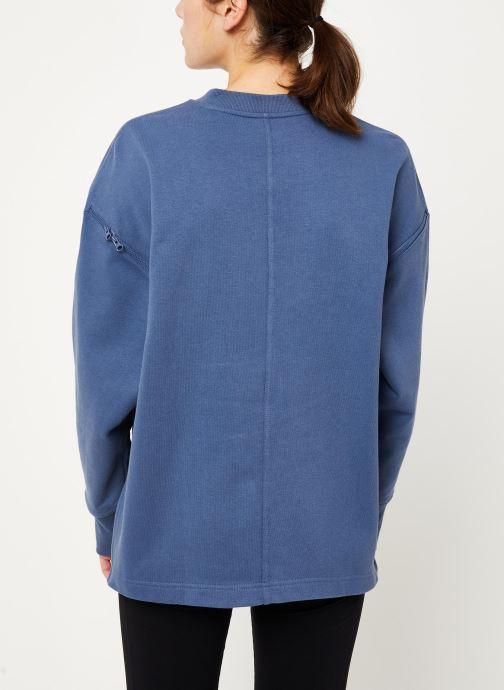 Vêtements adidas by Stella McCartney Sweatshirt Bleu vue portées chaussures