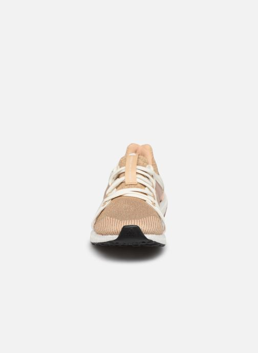 Baskets adidas by Stella McCartney Ultraboost S. Or et bronze vue portées chaussures