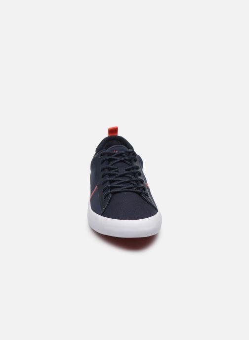 Sneakers TBS LAKEWAY Azzurro modello indossato