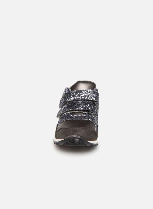 Baskets Mod8 Galipette Gris vue portées chaussures