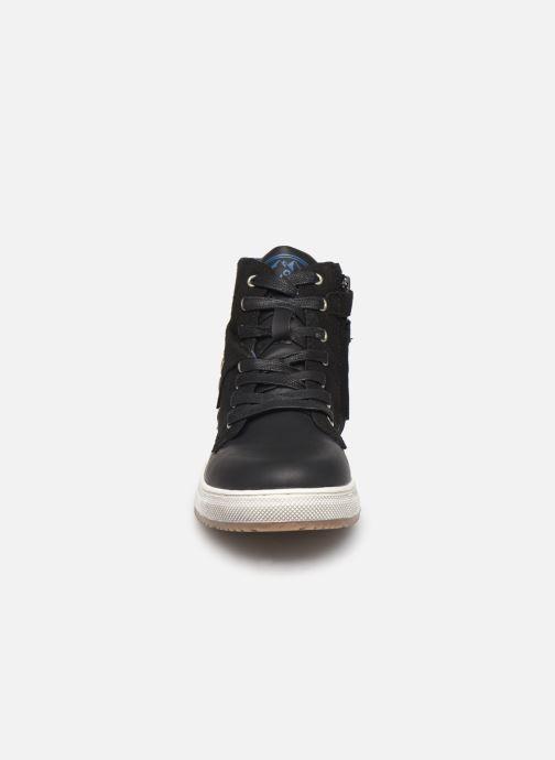 Sneaker Mod8 Hyperstar schwarz schuhe getragen