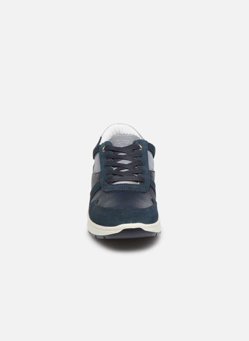 Baskets TBS Ferrias Bleu vue portées chaussures