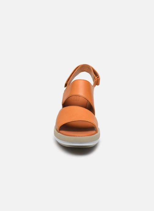 Sandali e scarpe aperte Camper KIRA II Arancione modello indossato