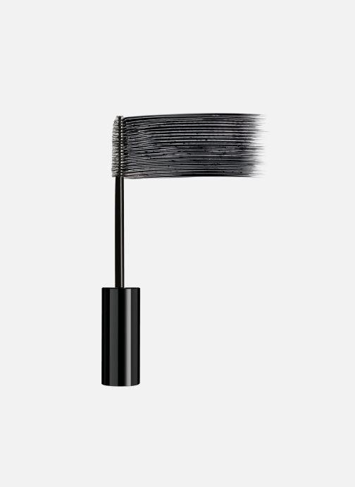 Produits d'entretien Karl Lagerfeld x L'Oréal Paris Mascara Black Noir vue portées chaussures