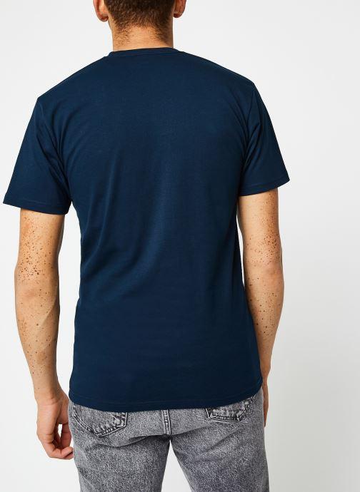 Vêtements Vans MN LEFT CHEST LOGO TEE Navy/White Bleu vue portées chaussures
