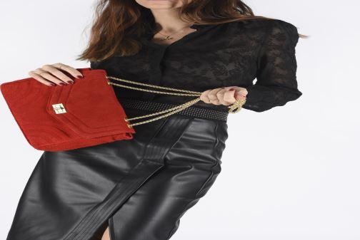 Handtaschen Georgia Rose Mery Medium Leather schwarz ansicht von unten / tasche getragen
