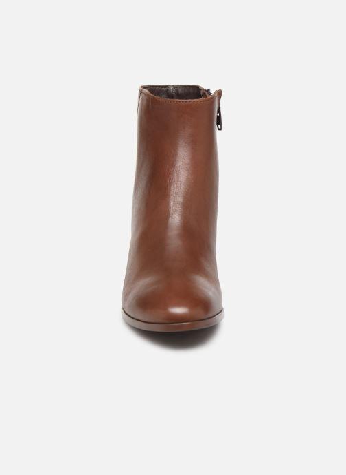 Boots en enkellaarsjes Jonak ASIA Bruin model