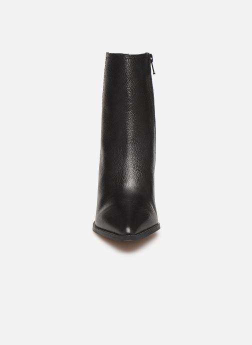 Boots en enkellaarsjes Jonak PAOLINA Zwart model