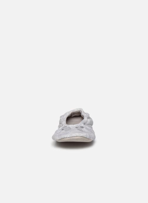Chaussons Sarenza Wear Chaussons femme maison Gris vue portées chaussures