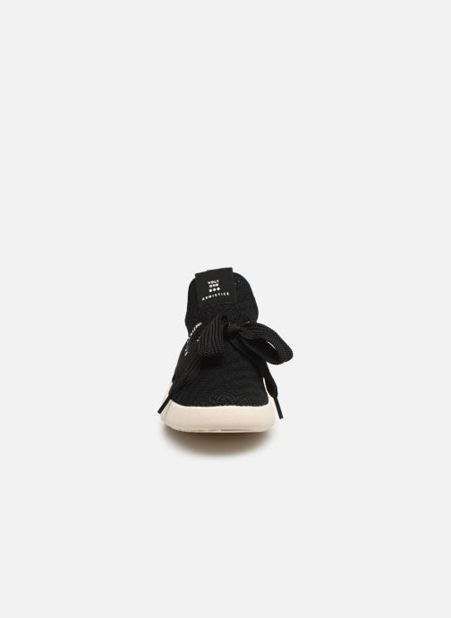 Baskets Armistice VOLT ONE W CALI Noir vue portées chaussures