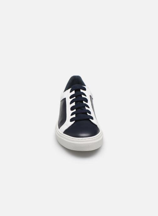 Sneakers Bensimon BASKET LISBONNE Nero modello indossato