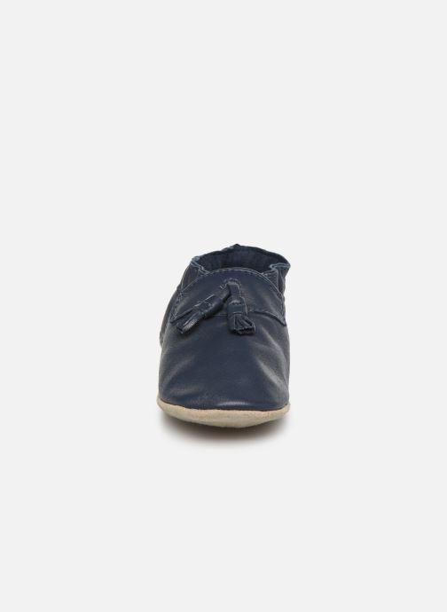 Pantofole Robeez Mocassin Azzurro modello indossato