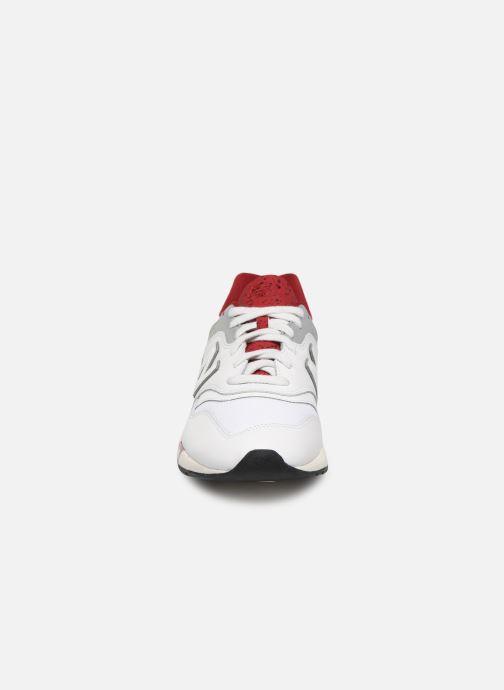 Baskets New Balance CM997 D Blanc vue portées chaussures