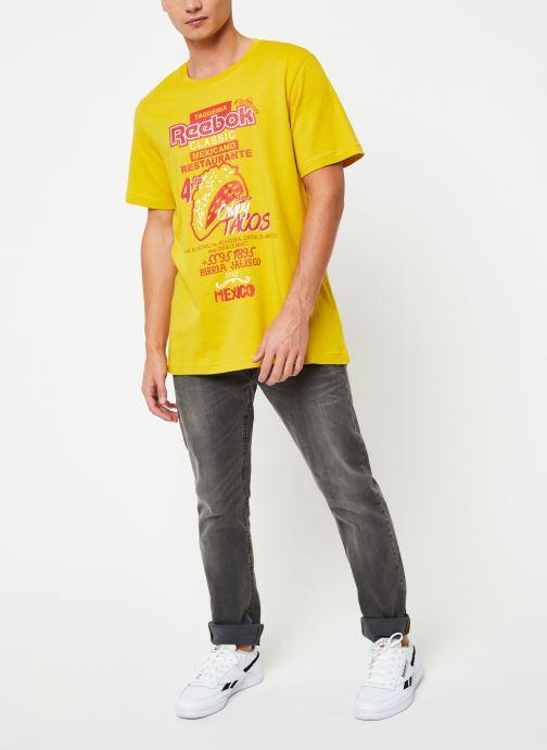 Vêtements Reebok Cl Itl Tacos Tee Jaune vue bas / vue portée sac