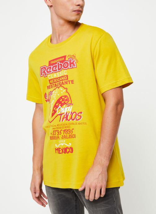 Vêtements Reebok Cl Itl Tacos Tee Jaune vue droite