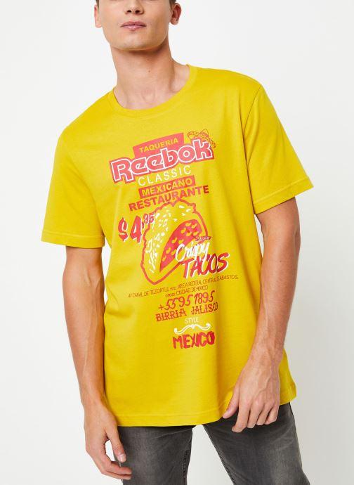 Vêtements Reebok Cl Itl Tacos Tee Jaune vue détail/paire