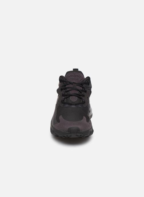 Baskets Nike Nike Air Max 270 React Noir vue portées chaussures
