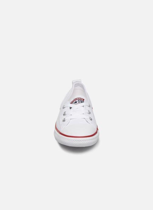 Sneaker Converse Chuck Taylor  Ballet Lace Slip weiß schuhe getragen