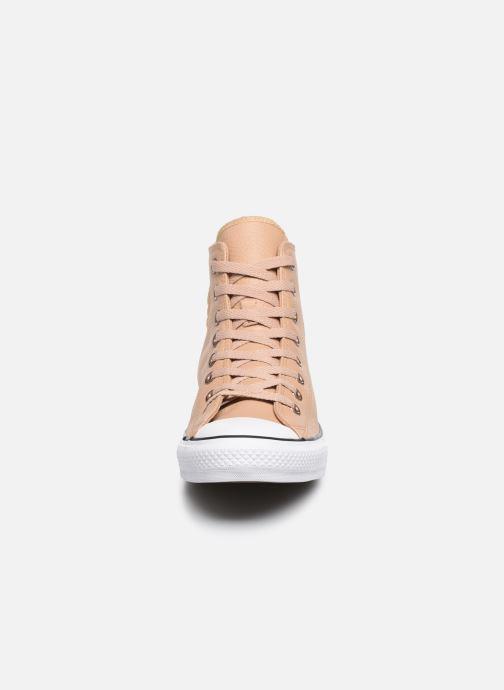 Baskets Converse Chuck Taylor All Star Hi Champagne Beige vue portées chaussures