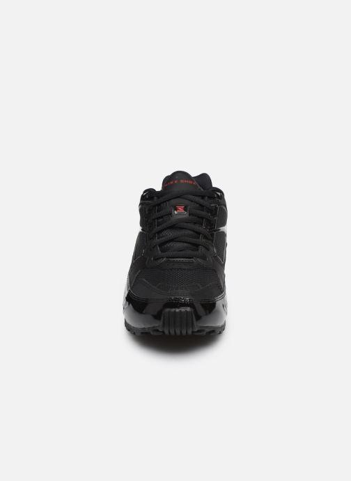 Baskets Nike Nike Shox Enigma Noir vue portées chaussures
