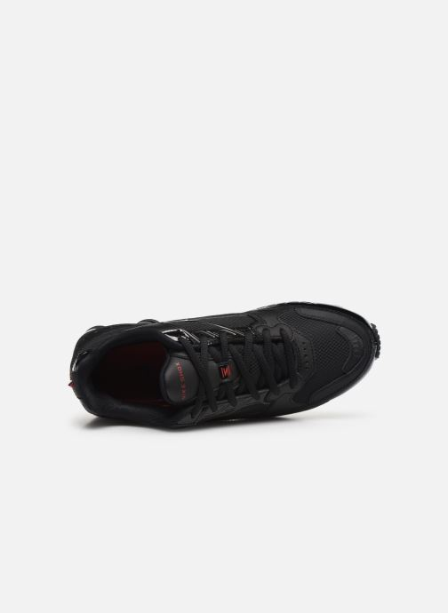 Trainers Nike Nike Shox Enigma Black view from the left