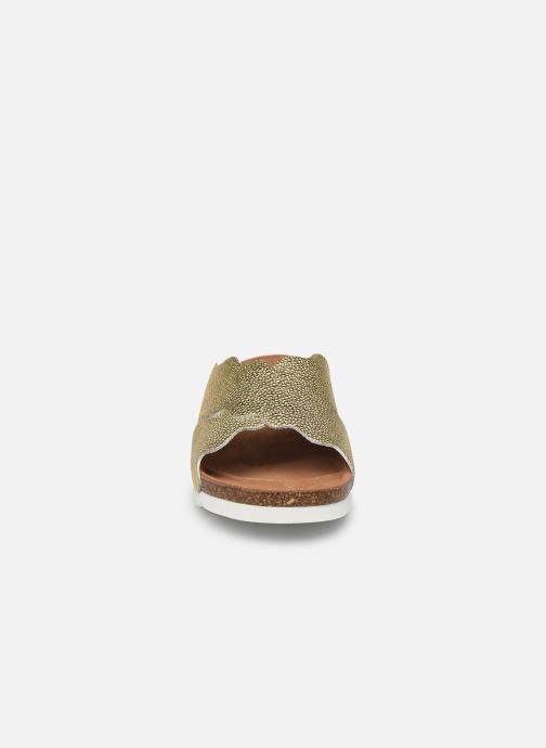 Zuecos Vero Moda Vmviola Leather Sandal Oro y bronce vista del modelo