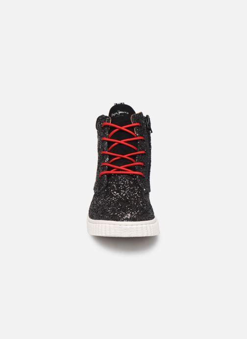 Sneakers Pepe jeans Taylor Glitter Nero modello indossato