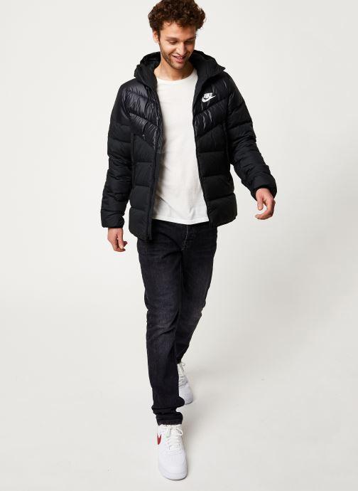 Vêtements Nike M Nsw Dwn Fill Wr Jkt Hd Noir vue bas / vue portée sac