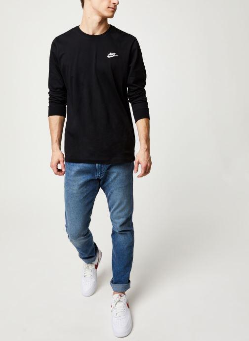 Vêtements Nike M Nsw Club Tee - Ls Noir vue bas / vue portée sac