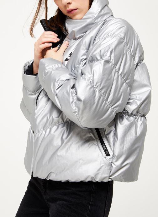 Vêtements Nike W Nsw Syn Fill Jkt Stmt Shine Argent vue détail/paire